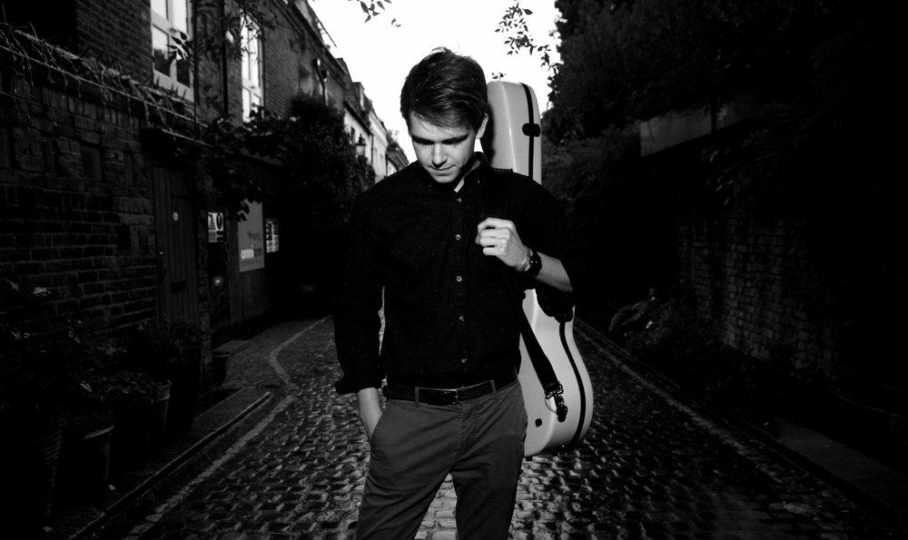 Eirian Lewis, Classical Guitarist