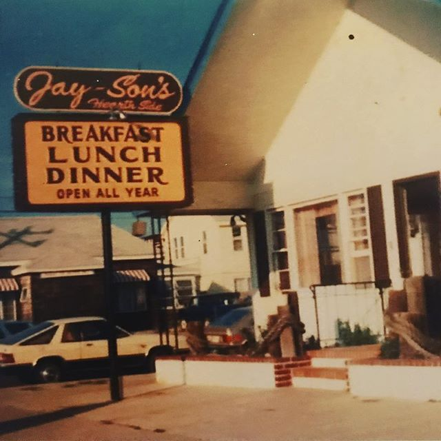 Throwback Thursday to when we first opened and served breakfast, lunch, AND dinner! 🥞🥓🥗🥪🍔🥩🍝▪️▪️▪️▪️▪️▪️▪️▪️▪️▪️▪️▪️▪️▪️ #tbt #jaysonspancakehouse #lbi