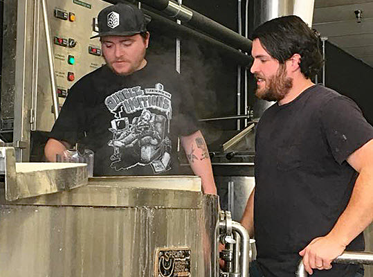 Brewers weigh in on the next phase of hazy IPAs - beerinbigd.com
