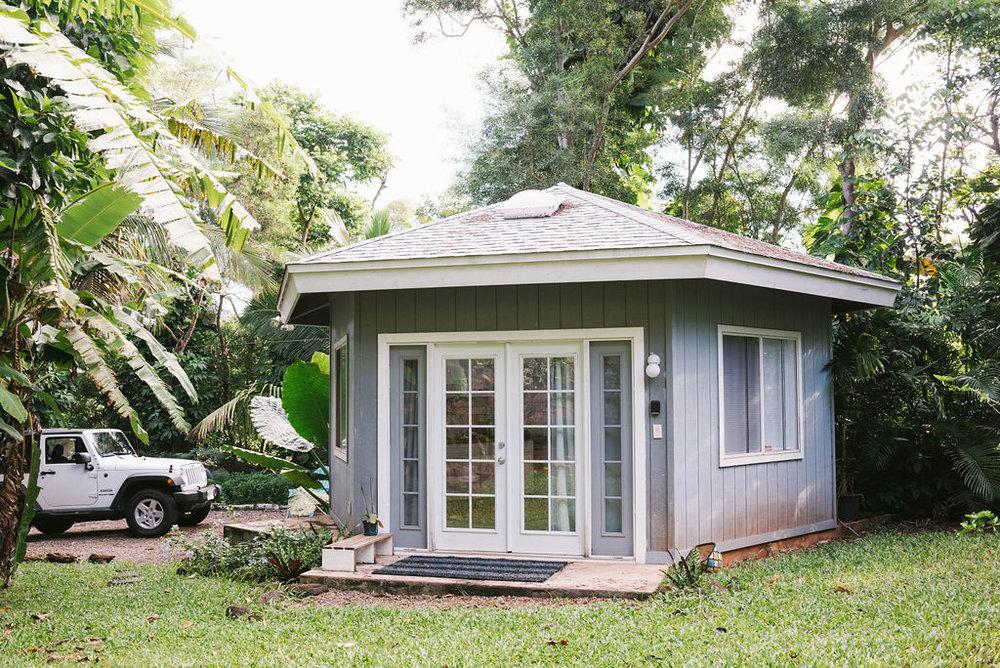 Oahu-bungalow-farewell-travel-co-hawaii-haleiwa4.jpg