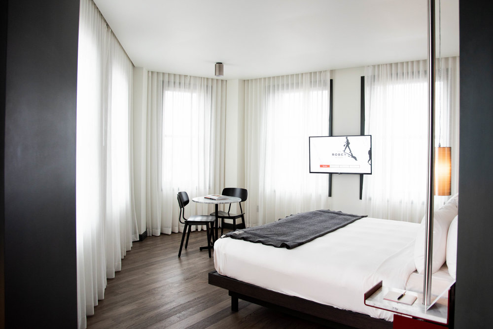 Where to Stay in Chicago | The Robey Hotel