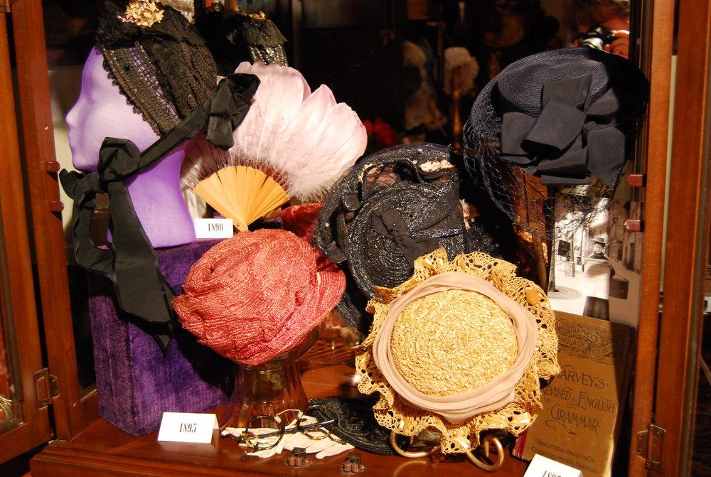 1895 hats.JPG