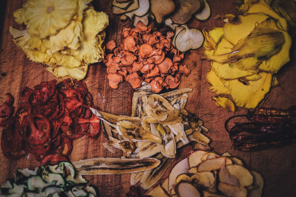 Dehydrating food for outdoor trips