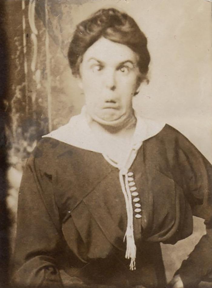 funny-victorian-era-photos-silly-vintage-photography-8-575130d540ffe__700.jpg