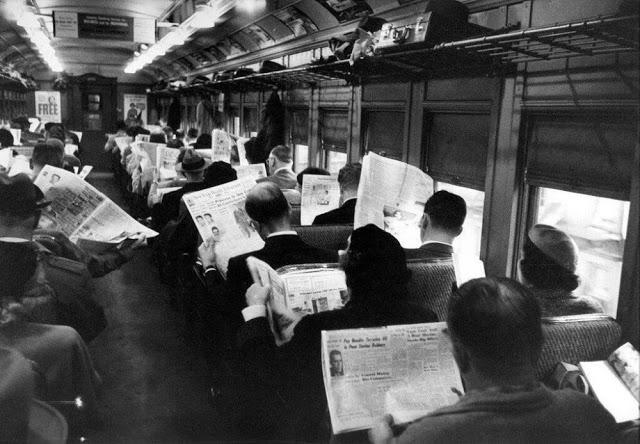 people-reading-newspapers-12.jpg