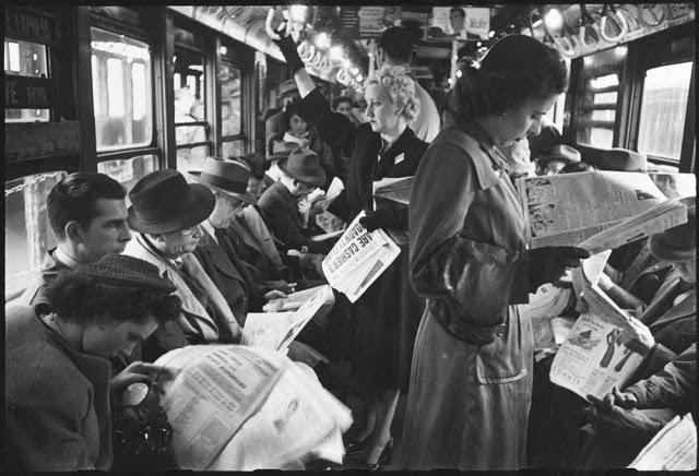 people-reading-newspapers-6.jpg