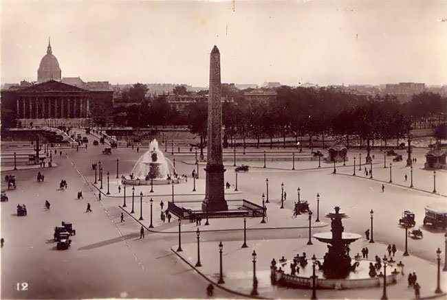 JeanPierreYvesPetit_8_Paris_retro_vintage_fotografia_fotografiacallejera_belleza_historia.jpg