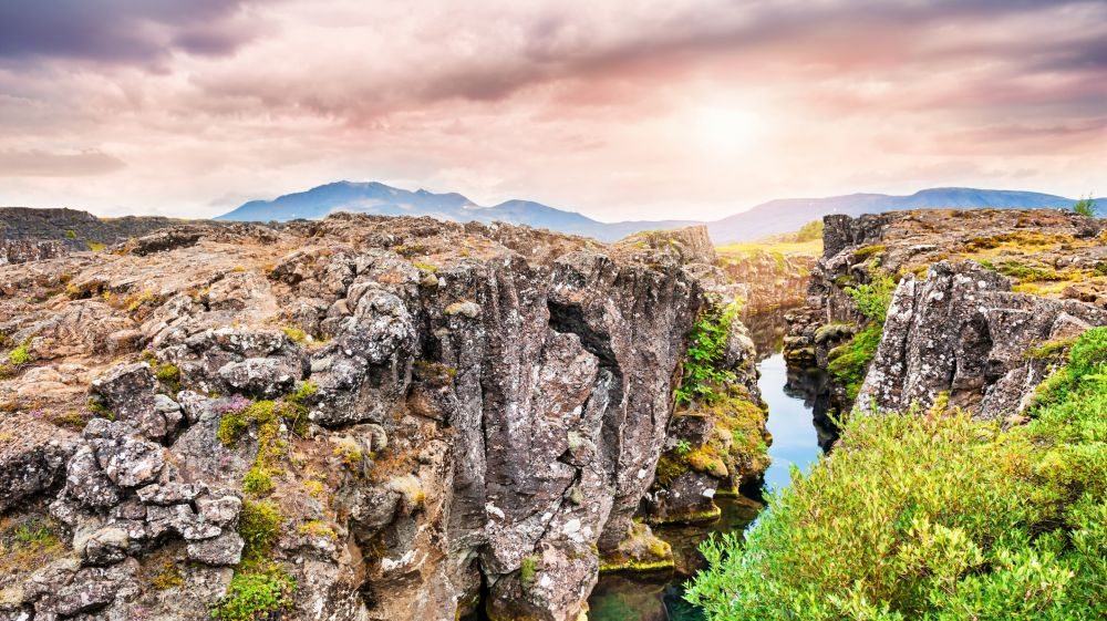 the-thingvellir-national-park-in-iceland-1500461340-1000X561.jpg