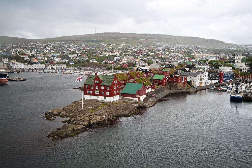 Image from: [https://en.wikipedia.org/wiki/Tórshavn#/media/File:Tinganes_57.jpg