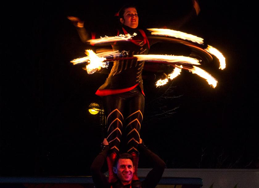 FLAME-OZ-FIRE-SHOW.jpg
