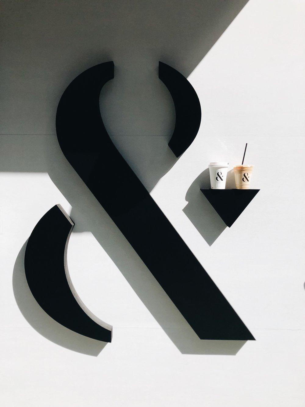 & F O M O ▼ /  FOMO COFFEE   . 就 黑白啡