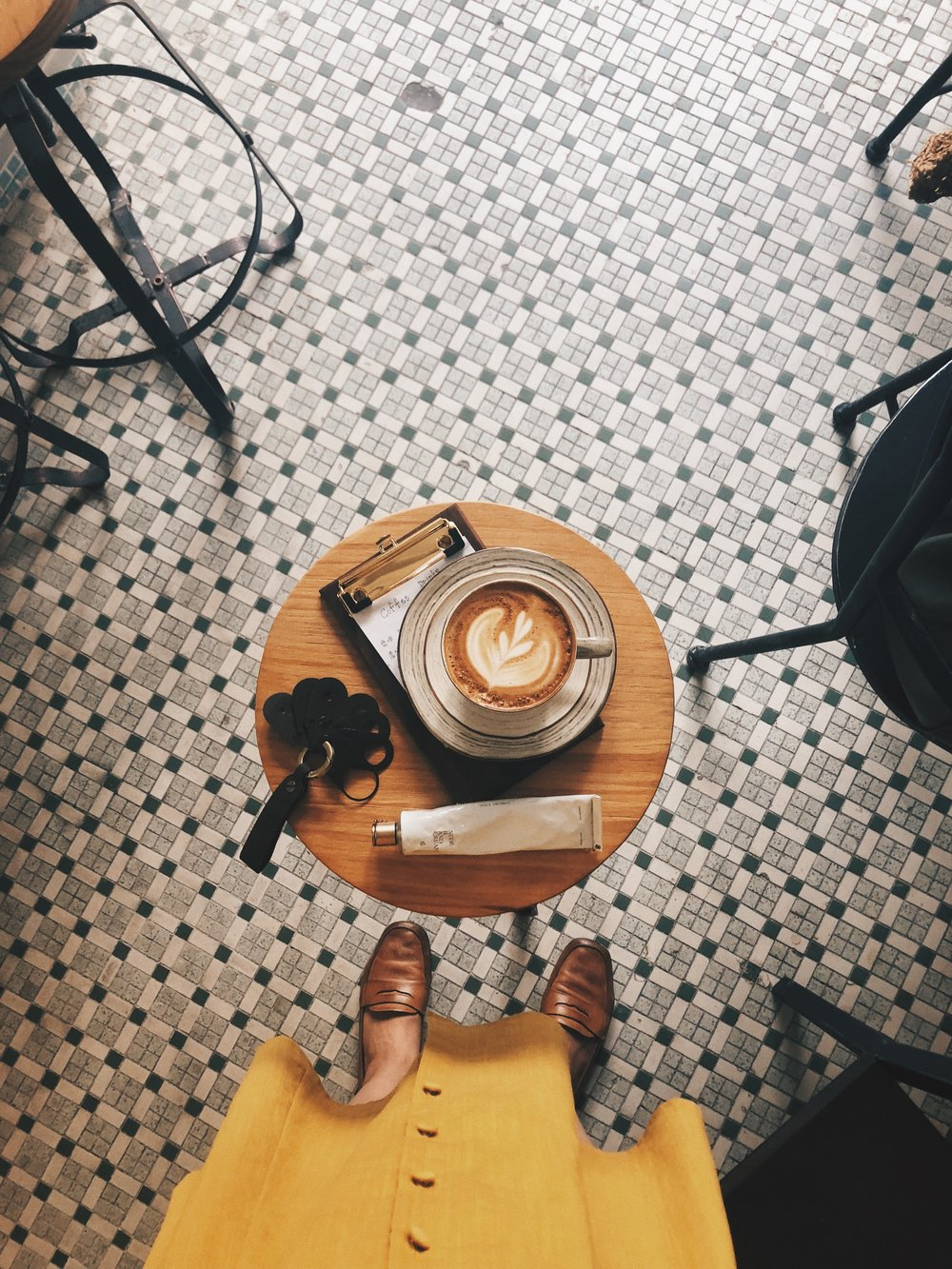 ><>< - COFFEE MATTERS