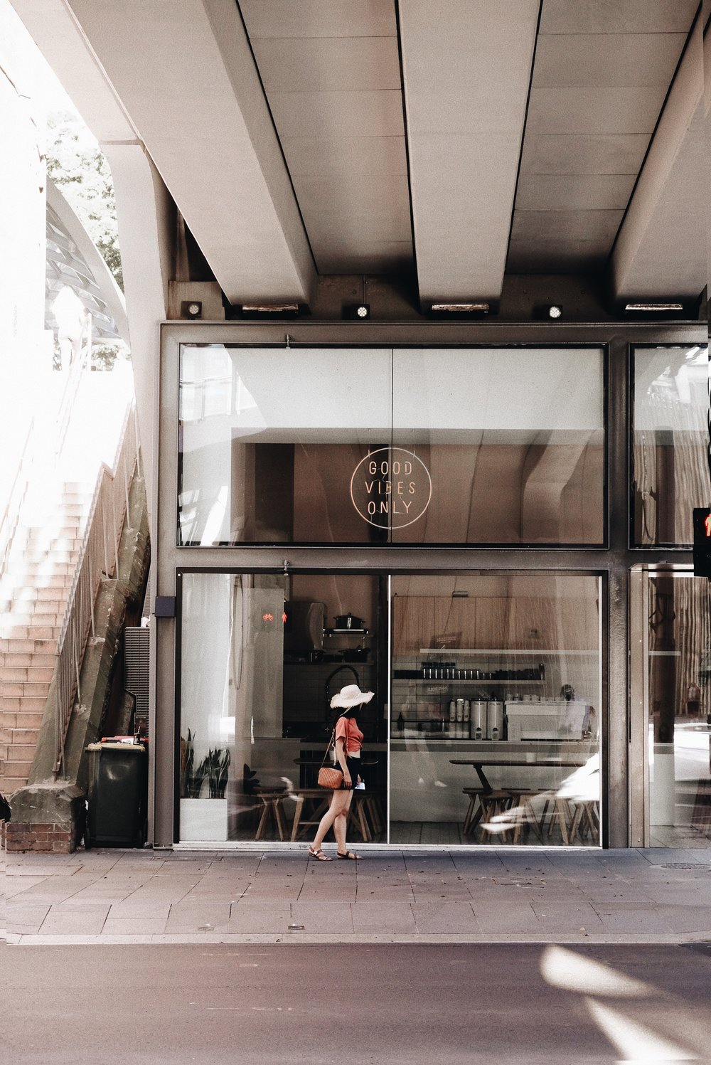 G O O D V I B E S O N L Y /  Good Vibes Only   spotted this little cafe ar the chic area in Barangaroo. Unfortunately its closed during my visit.  https://www.instagram.com/p/BsIn1hKFHlK/?utm_source=ig_web_button_share_sheet   📍26b Sussex St, Barangaroo