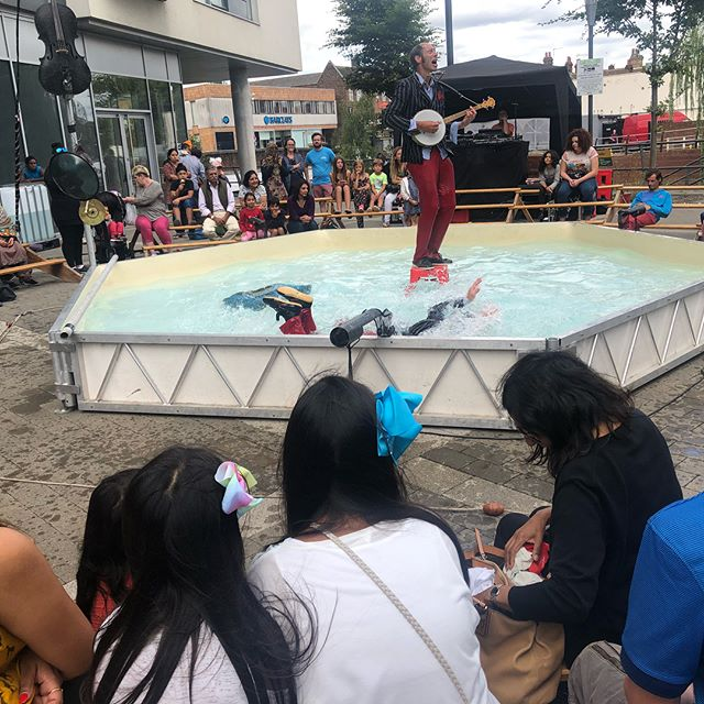 It's true - clowns can swim! Thank you @barolosolo_cie for entertaining us this afternoon #fun #free #family #hayes