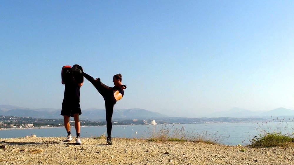 El kick.jpg