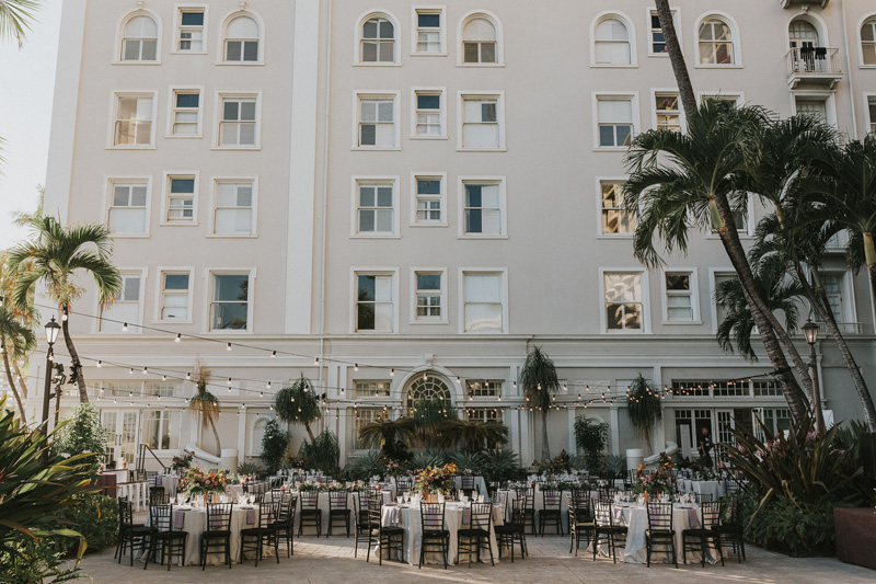 unveiledhawaii.com | Destination Wedding Planner and Designer in Hawaii | Unveiled Weddings at Royal Hawaiian Moana Surfrider | Janneke Storm Photography | Destination Planning on Maui Oahu Kauai .jpg