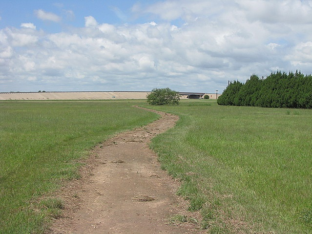 1.25 mile fitness trail