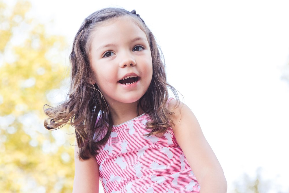 Angélique - Très bonne séance photo pour notre petite , c'était son premier shooting et Charlène a su rendre la séance amusante pour Juliette avec un rendu professionnel. On recommande !