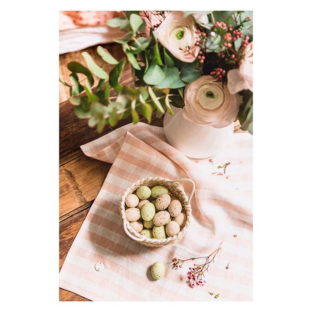 Shoot «Douceur de Pâques» @wherebeesare - joli tutoriel rosé poudré à retrouver sur son blog 🌸