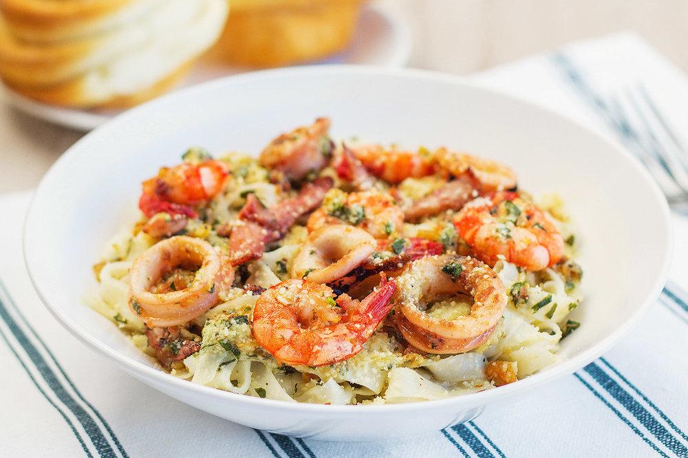 momandtinas-seafood-basil-pesto.jpg