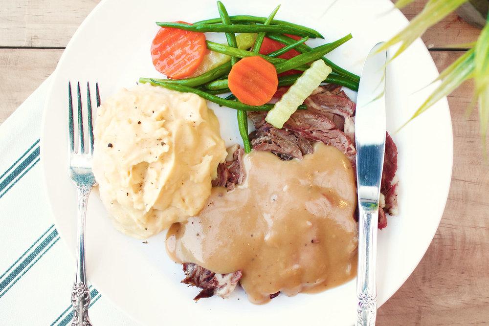 momandtinas-roast-beef.jpg