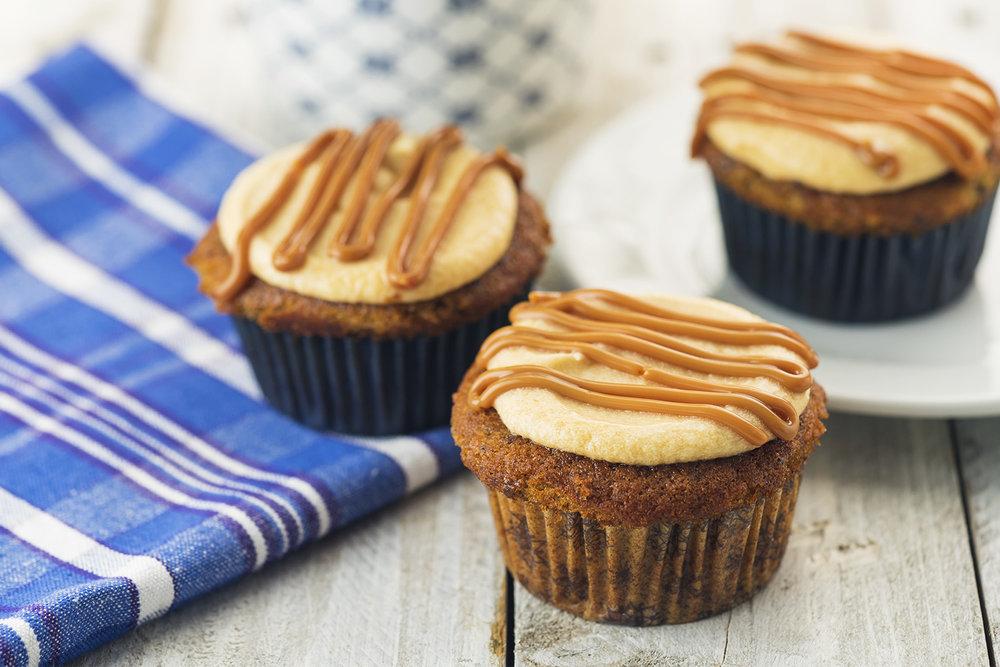 momandtinas-sticky-toffee-cupcakes.jpg