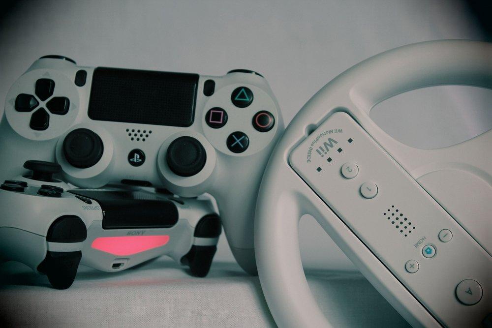 gaming-2215601_1920.jpg