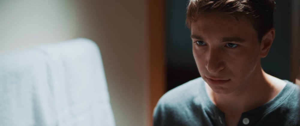 Anomalie | Series   Director: Christian Stadach  |  DOP: Marco Eisenbarth  |  Gaffer: Julian Zalac