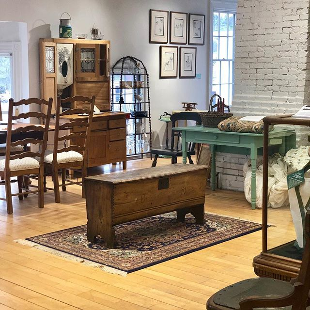 Did you know that we have a second floor chock-full of curated antiques and L.L. Bean history? . Come visit us any day of the week from 10:00am - 5:00pm at 31 Main Street, Freeport, ME. . . . #antique #history #collectibles #goneantiquing #shoplocal #maineantiques #antiqueshop #newengland #freeportmaine #quality #unique #showroom #time #clockwork #styling #accentpiece #homedecor #timeless #classic #oldhouse #visitfreeport #interiordesign #interior #antiquesforsale #rare #heirlooms #decorate . @visitfreeport @visitmaine @maineantiquedigest