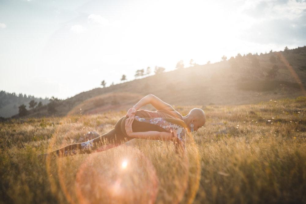 Erica Yoga Lefthand Canyon-13.jpg