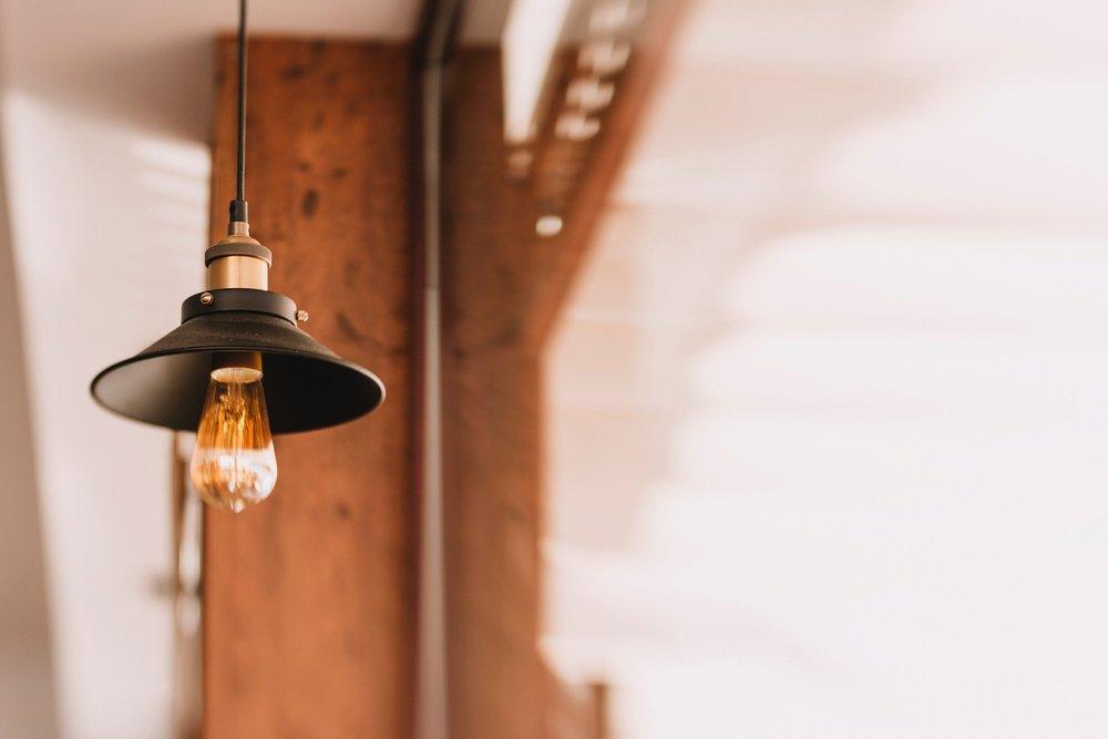 bulb-lamp-light-179114.jpg