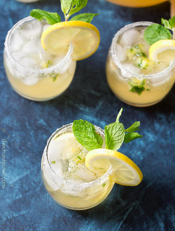 Kentucky-Lemonade-Cocktail-5.jpg