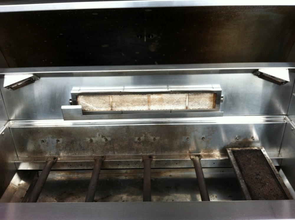 JACKSON GRILL BURNERS & CABINET AFTER CLEANING