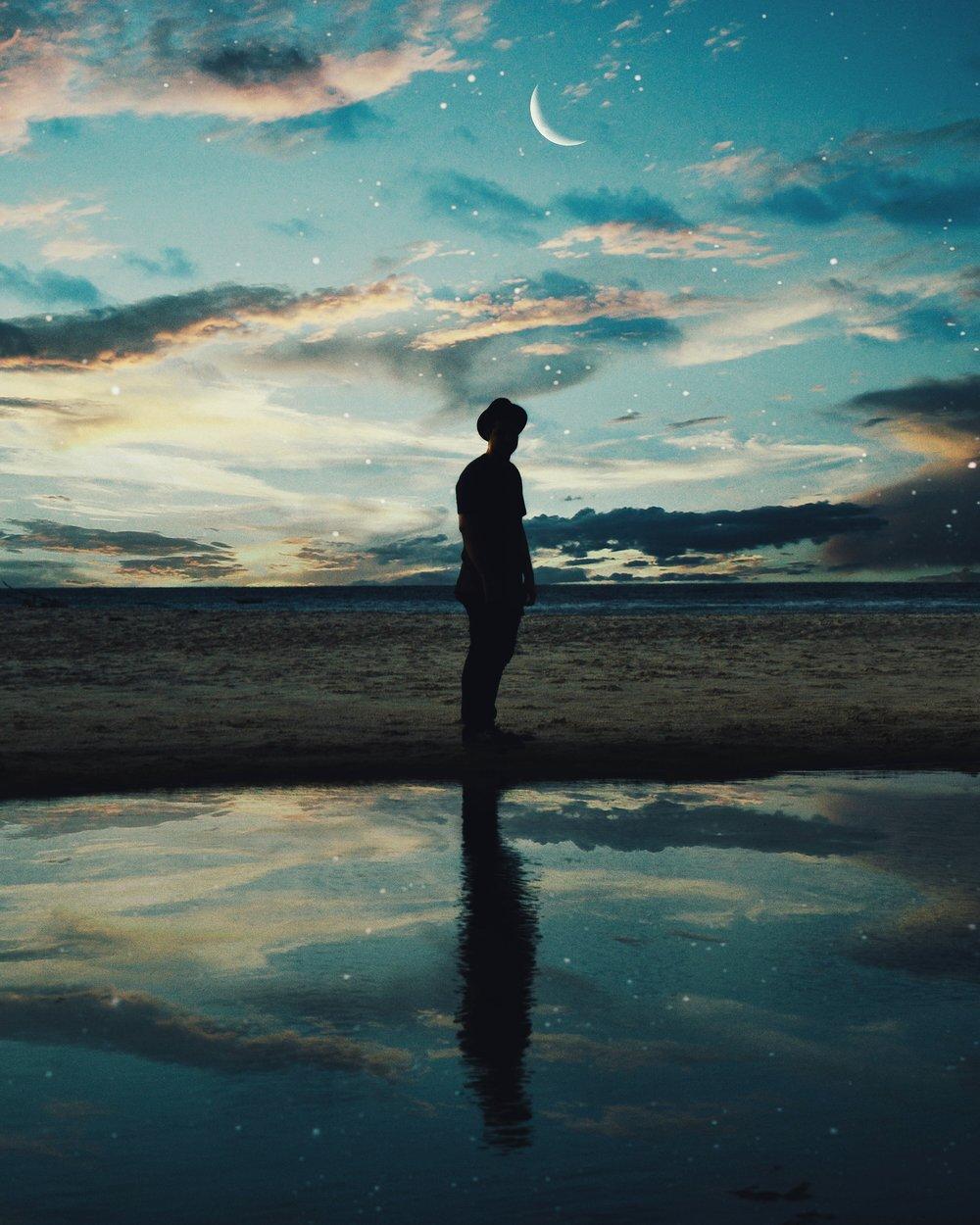 backlit-beach-blue-1136571.jpg