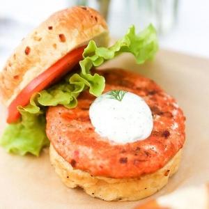spicy-sockeye-salmon-burger-a_grande.jpg