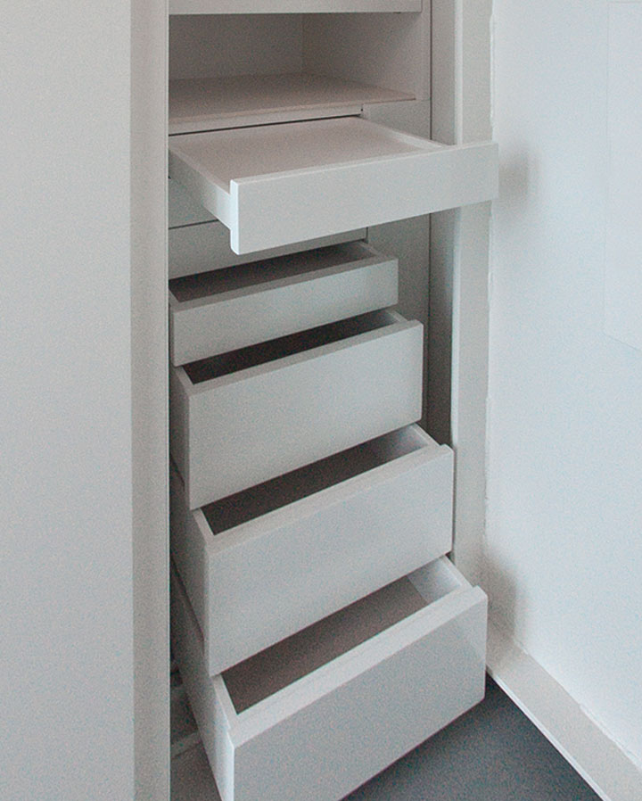 WHITE FELT LINED DRAWERS