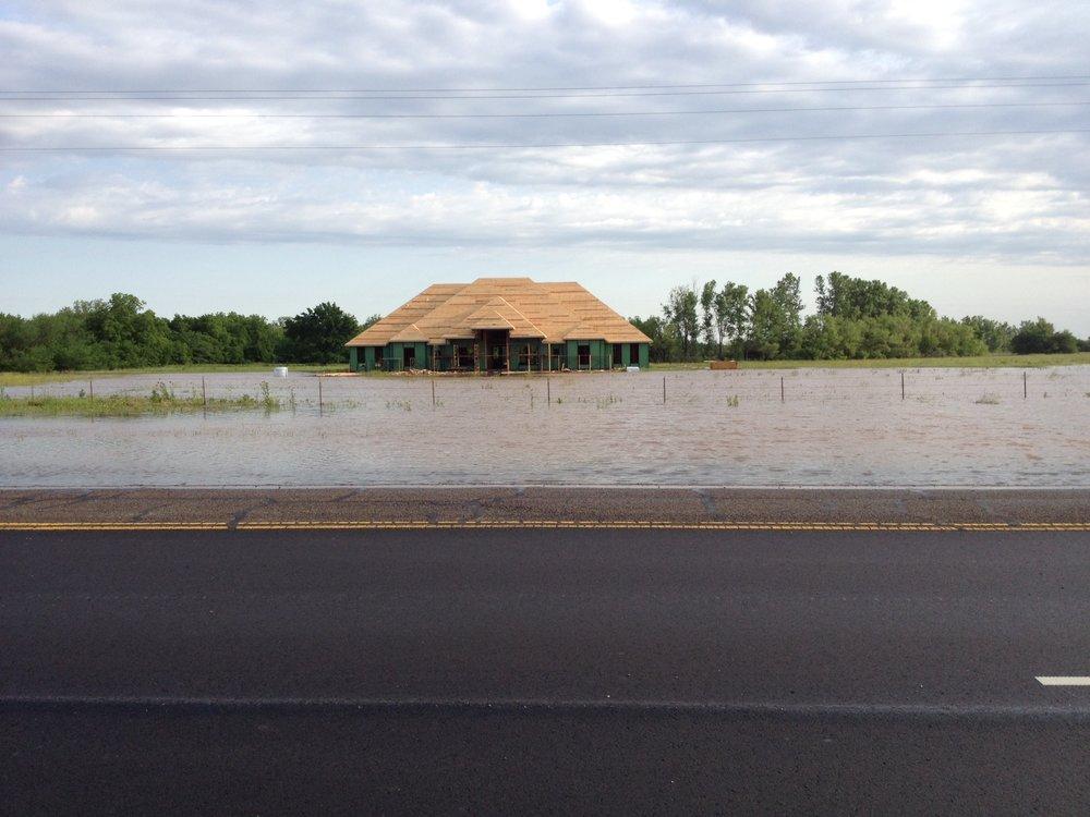 Flooding: Ten Mile Flat Creek at West Tecumseh Road, 2013