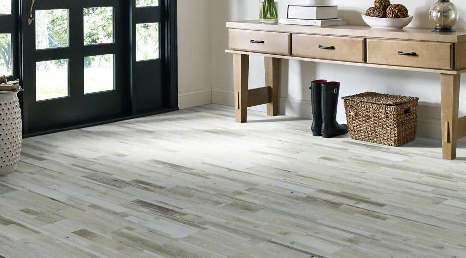 Porcelain Wood Look Tile - Wood-Look Tile has become very popular due to it's durability and great looks. Get the beauty and warmth of hardwood floors in high moisture areas like kitchens, bathrooms, and even showers and backsplashes by choosing wood look tile.