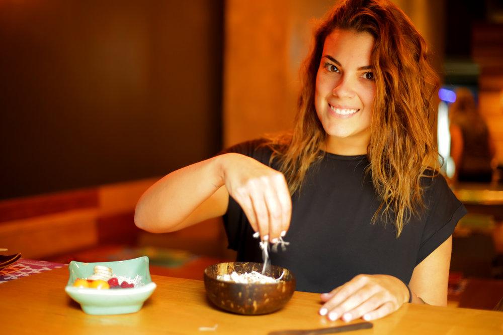 OLI OLI   Los bowls hawaianos que causan furor en el mundo la rompen ahora con sabores e insumos peruanos. Una propuesta saludable, rápida y ligera, pero sobre todo sabrosa.