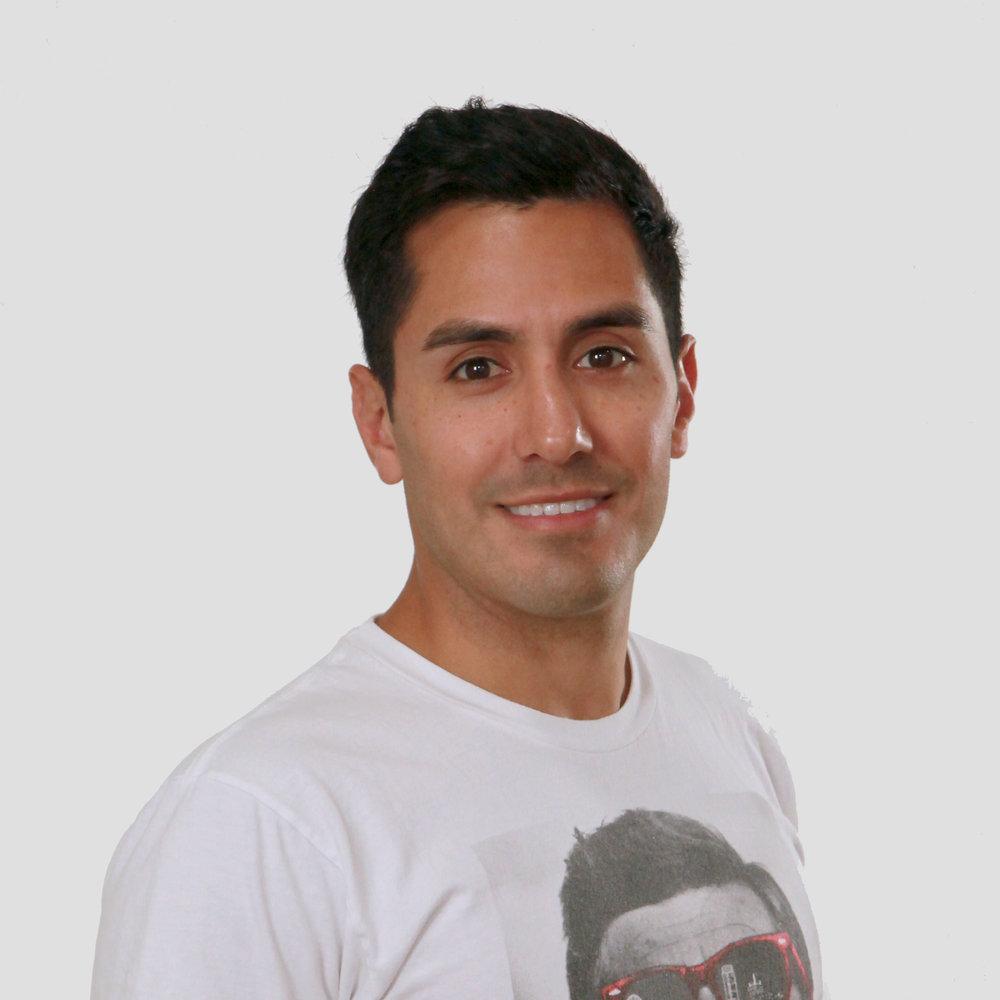 Alex Flores - Dir. Expo SalesLinkedIn