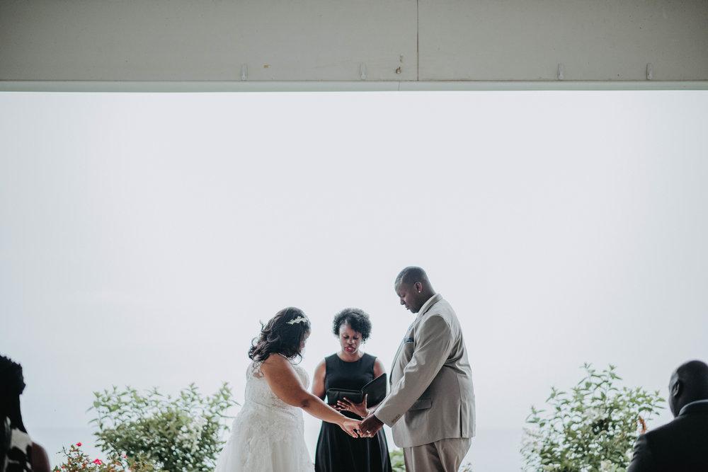 Kendra & Al' Alexander's prayer Photo Credit  http://www.kayladuffinphotography.com