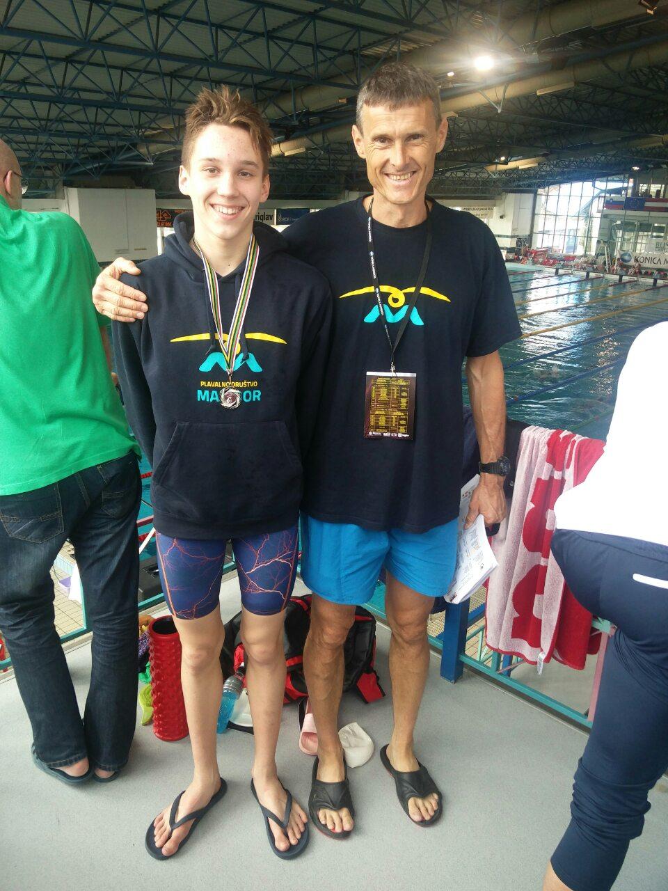 Tian Kosec je osvojil srebrno medaljo na 100 delfinov z rezultatom: 1:05:10, Čestitamo!
