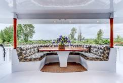 29 10 aft table.jpg