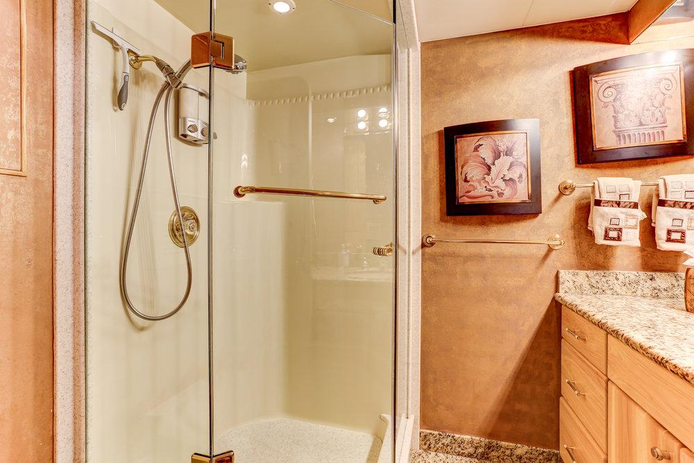 36 VIP Bath and SHower.jpg