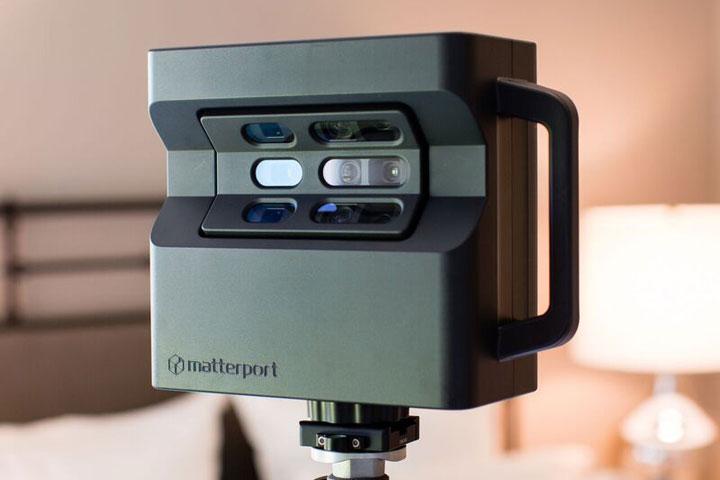 pro2_camera_in_bedroom.jpeg