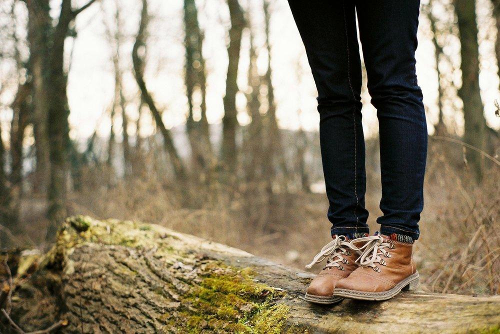 woman boots.jpg