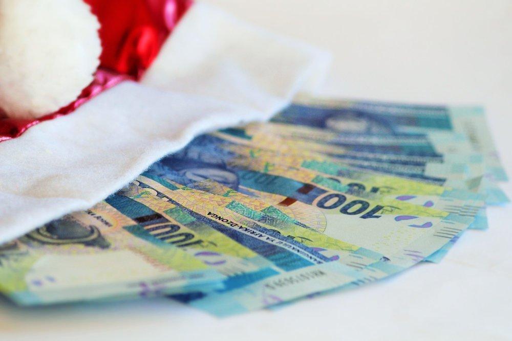 christmas-money-1085021_1920.jpg