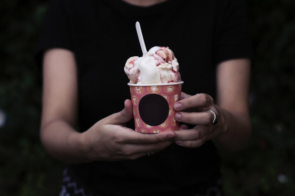 ice-cream-2590932_1920.jpg