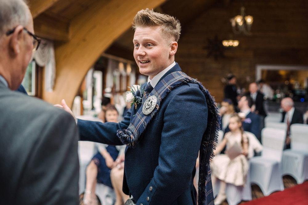 scottish-loch-lomond-wedding-photography-dearlyphotography (18 of 59).jpg