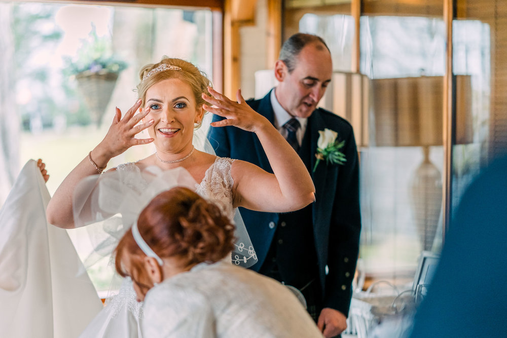scottish-loch-lomond-wedding-photography-dearlyphotography (24 of 59).jpg